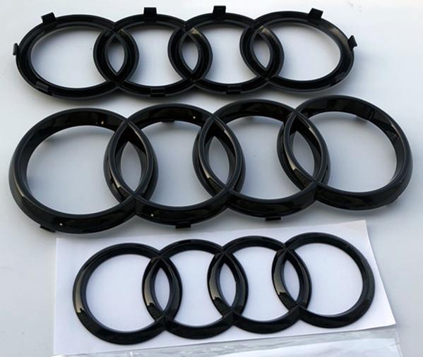 AUDI ロゴ フロント リア エンブレム 2点セット高品質のABS素材を使用して 耐熱性が高くて 変形しにくいで めっちゃお勧めいたします 送料無料 アウディ 欧車パーツBASE 純正交換タイプ 別倉庫からの配送 Audi Q3 OEM輸入品 メーカー直送 Q5 前後セット LOGO Q7 艶ありブラック