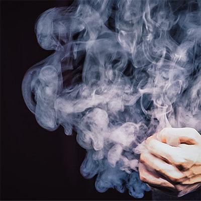 セール特価品 小型のリモコン式スモークデバイス Smoke eGo スモークエゴ イリュージョン 大阪マジック マジック 手品 販売 マジシャン ショップ 大阪 メーカー直売 osaka magic