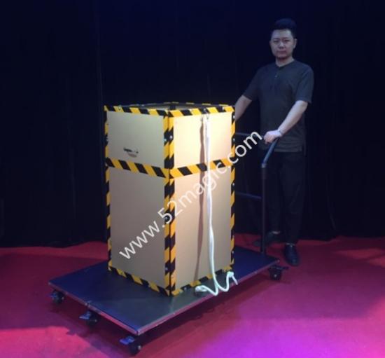 フローティングボックス イリュージョン お求めやすく価格改定 New Floating Box 大阪マジック マジック osaka magic 大阪 手品 ショップ ●日本正規品● マジシャン 販売