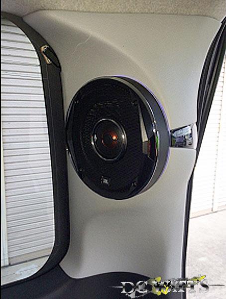 Dピラー JBL stadium スピーカーキット 200系 ハイエース ミドルルーフ専用 DCワッツ カーオーディオ
