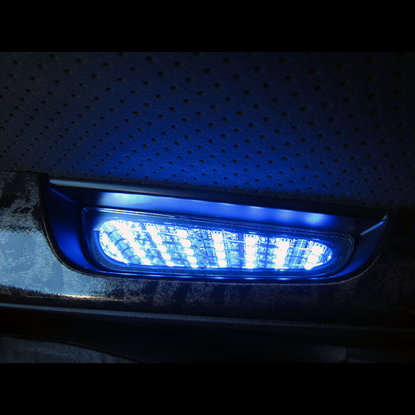ハイエース 200系 用 ドアポケット イルミネーションLED ブラックホール TOYOTA トヨタ ブルー ホワイト 2個セット LED インテリア 電装 ミラー加工 内装 パーツ インテリア