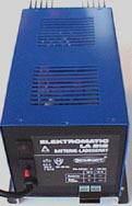 バッテリーチャージャー 12V-15A キャンピングカー パーツ 車用 DIY カスタム カーク産業 0751【送料込み】