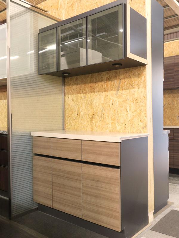 【新古品】 展示品 W995 人工大理石天板 食器棚 木目調ブラウン 【R1002-03】