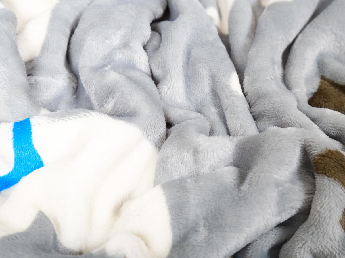 フランネル長座布団カバー(ホワイトベア柄・68x120cm)ふかふかで可愛いしろくまデザインの人気の長座布団カバー!洗える 長座布団 カバー おしゃれ 120 人気 おすすめ ふわふわ ふかふか 上質 心地良い 気持ちいい なめらか 肌触り プレゼント ギフト