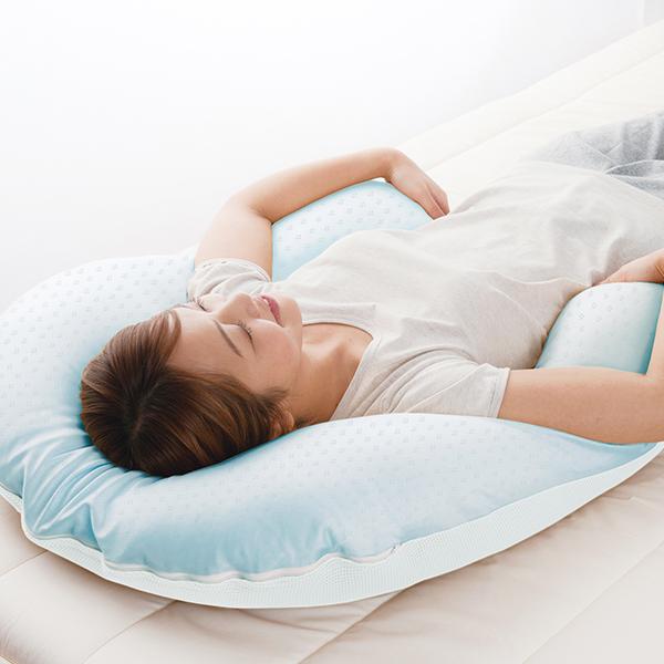 クールな抱かれ枕 スリムサイズ(約 75×58×15cm)