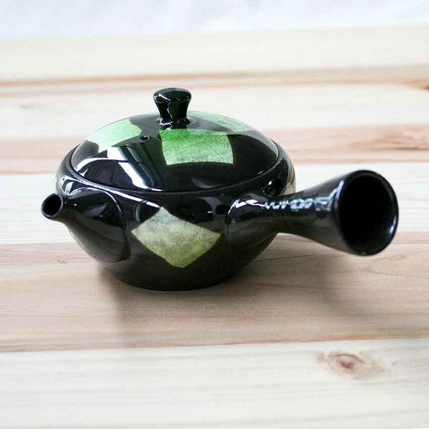 急須 常滑焼 伝統工芸士 玉光作 黒燻平丸形緑銀箔茶注 急須 110cc 梅原廣隆作 日本製 陶器 作家もの 機能急須 常滑焼急須 セラメッシュ 陶刻 ティーポット 茶器 緑茶 きゅうす