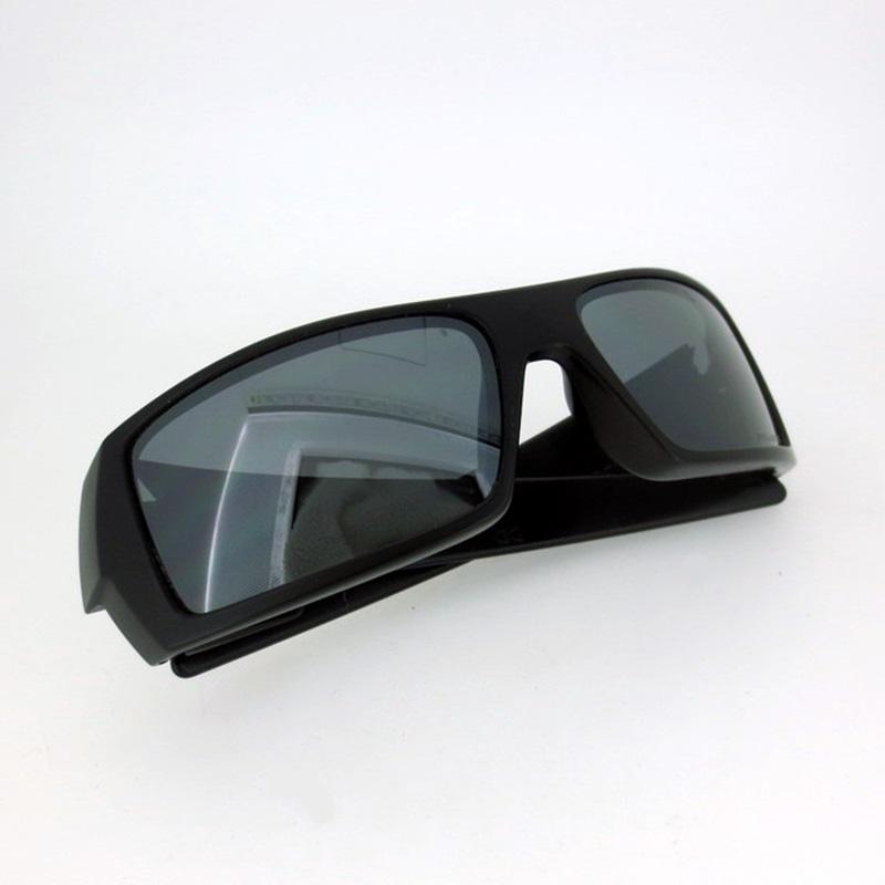 中古 OAKLEY オークリー 品質保証 GASCAN サングラス 偏光レンズ サイズ:6015 gwpu 新色 f116