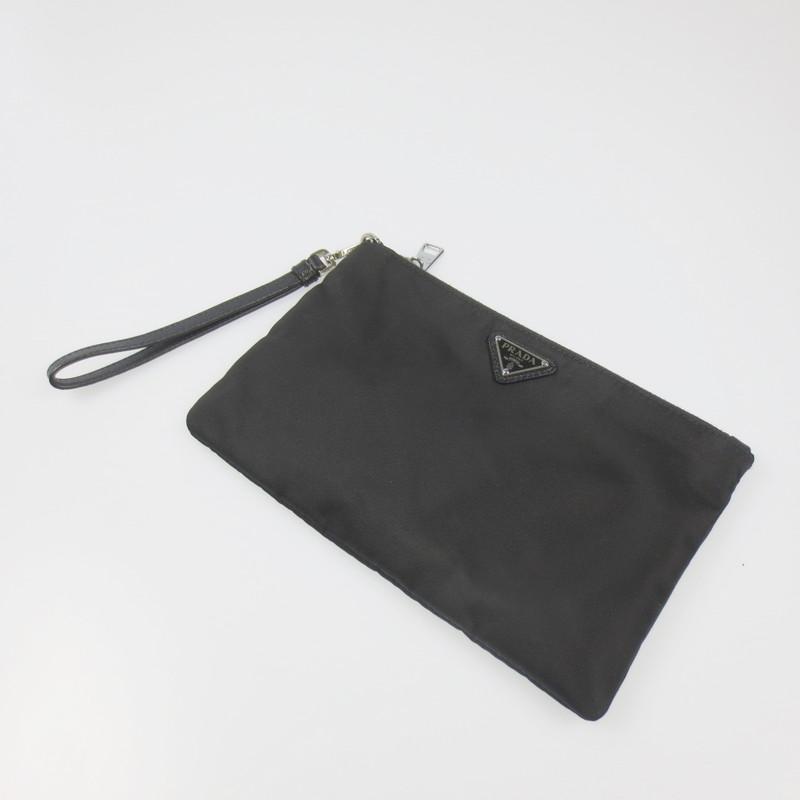【中古】PRADA プラダ TESSUTO アクセサリーポーチ 1NH545 カラー:ブラック【f122】