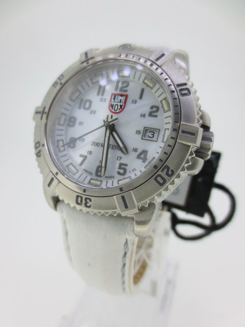 【中古】LUMINOX/ルミノックス 腕時計 リストウォッチ ホワイト×ホワイト クォーツ 革(レザー)ベルト