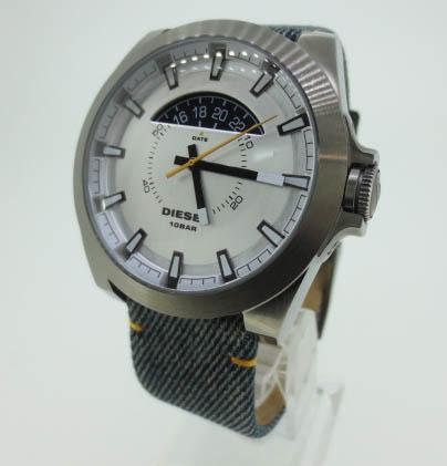 【中古】DIESEL ディーゼル 時計 DZ-1689 インディゴ×シルバー クォーツ 革(レザー)ベルト
