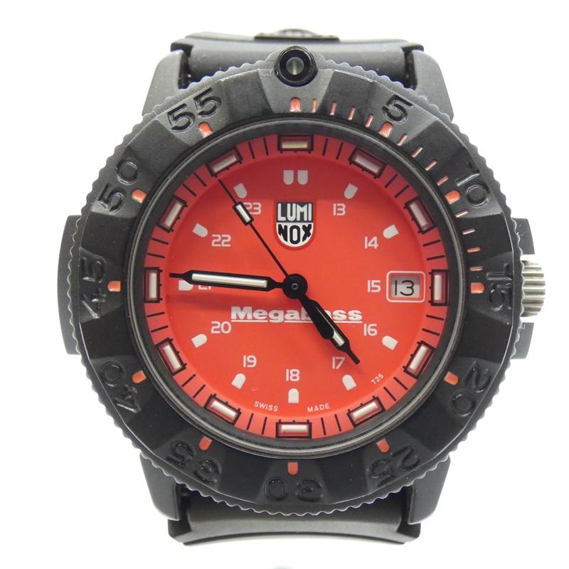 【中古】LUMINOX/ルミノックス 腕時計 MEGABASS クォーツ ラバーバンド サイズ:- カラー:レッド系(文字盤)×ブラック(ベルト)【f131】