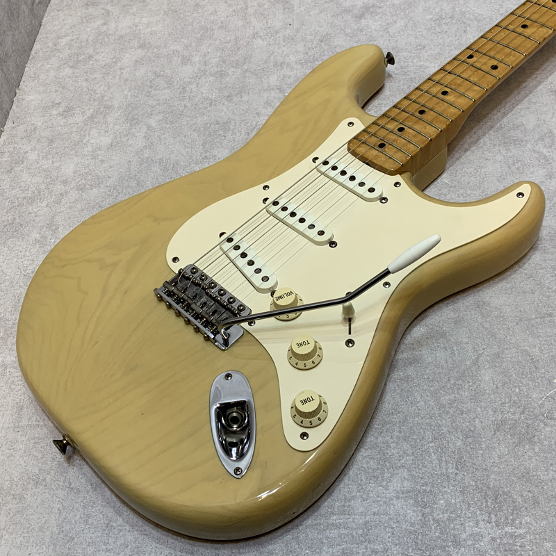 Fender Custom Shop / 1954 Stratocaster【中古】【楽器/エレキギター/ストラトキャスター/フェンダー/カスタムショップ/バーズアイメイプル/1996年製】