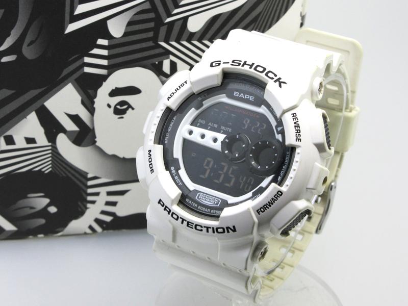 【中古】CASIO カシオ 腕時計 G-SHOCK A BATHING APE(BAPE)コラボ GD-100 ブラック×ホワイト クォーツ 樹脂バンド