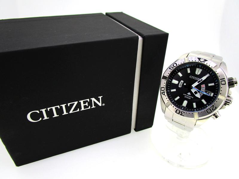 【中古】CITIZEN/シチズン PROMASTER エコドライブ 腕時計 PMD56-3081 ブラック×シルバー ソーラー ステンレススティールベルト