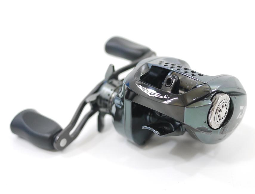 【中古】【フィッシング/釣り/釣具】 【ベイトリール】【右ハンドル/ライトハンドル】DAIWA/ダイワ スティーズ LTD リミテッド SV 105XH