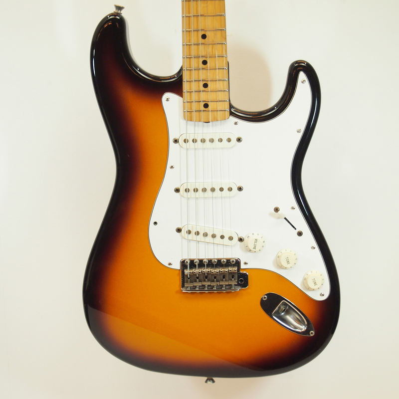 【送料無料・代金引換不可・日時指定不可】Fender/ST-40【中古】【楽器/フェンダージャパン/ストラトキャスター/エレキギター】