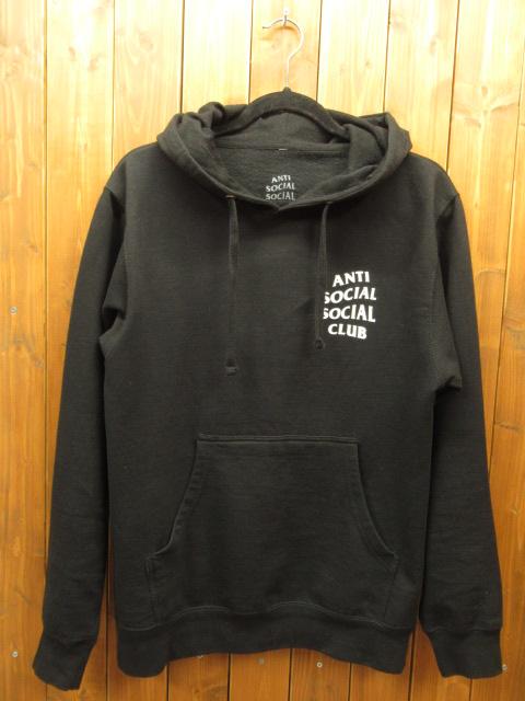 【中古】ANTI SOCIAL SOCIAL CLUB アンチソーシャルソーシャルクラブ プルオーバーパーカー【f103】 サイズ:S カラー:ブラック / ストリート