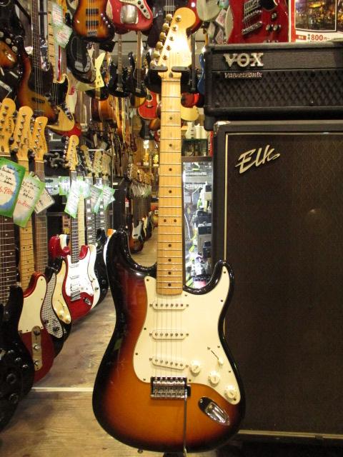 ★送料無料★Fender Mexico【Standard Stratocaster/3TS】3トーンサンバースト【中古エレキギター/フェンダーメキシコ/ストラトキャスター】