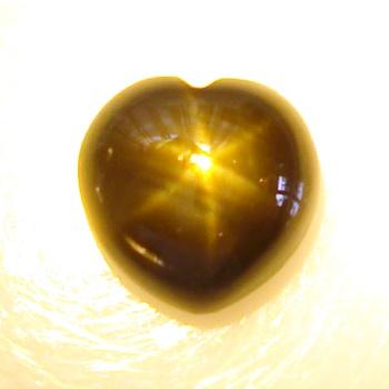 【鮮やかなアステリズム】ブラックスターサファイア(ゴールデンスター)約1.15 cts