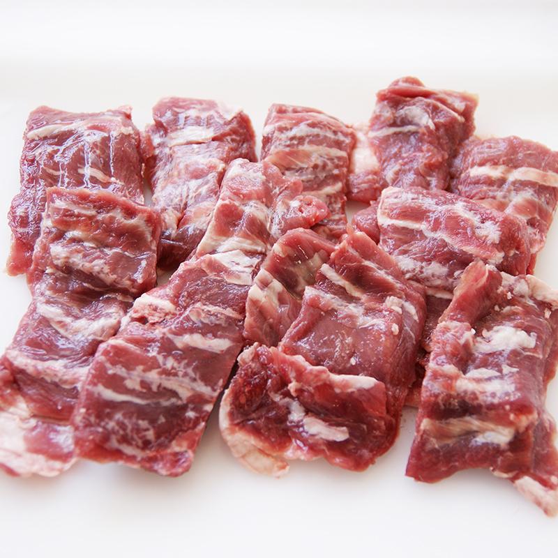 穏やかな自然環境で放牧され健康に育ちました 最安値 熟成効果で生肉のような味わい 通常の肉と違う 送料無料 激安 お買い得 キ゛フト 熟成ラム肉 仔羊 カルビ ニュージーランド産パック500g 子羊 ジンギスカン 凍 スライス 熟成肉 ブロック ラムカルビ