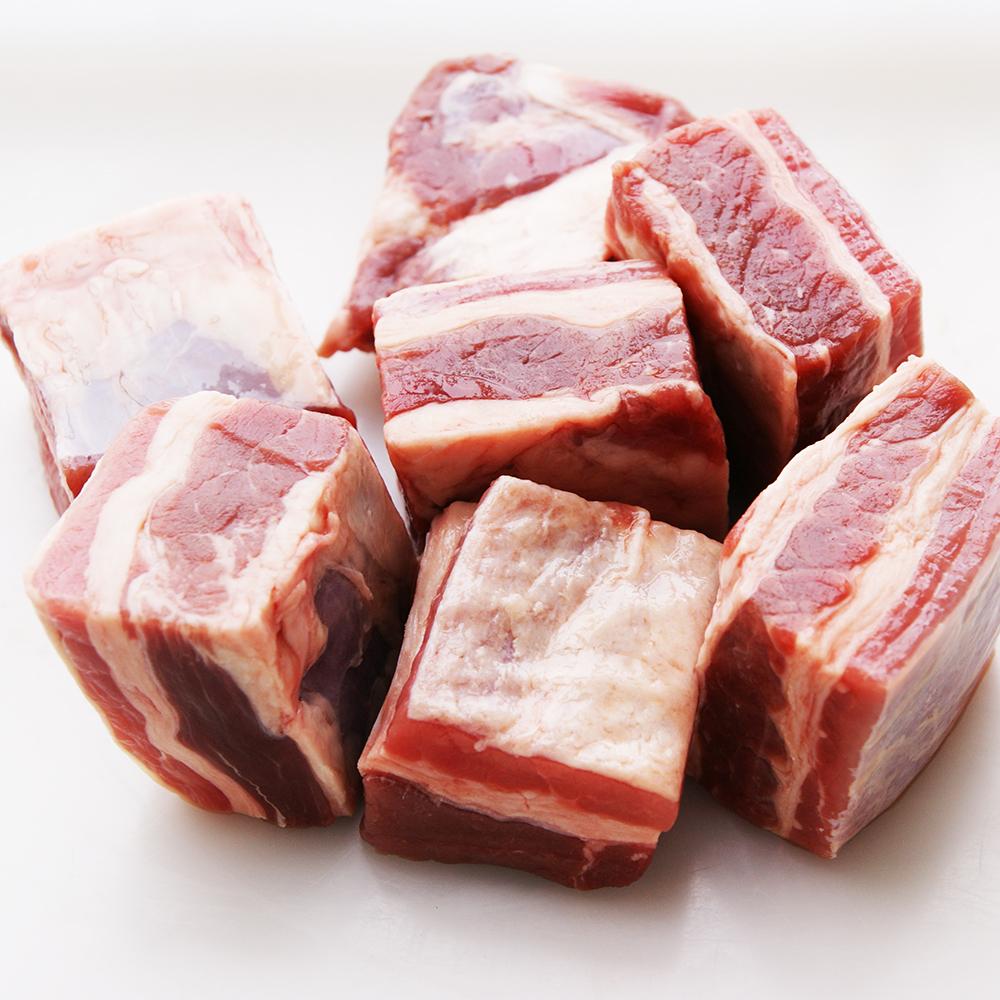 牧草牛 ナーベル(牛バラ肉角切り)約500g(冷凍)グラスフェッドビーフ 放牧牛 ニュージーランド産プリスケット びーふ
