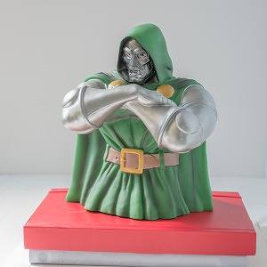 【新古品】【おもちゃ】Dr.Doom Bust Bank Stock #67887