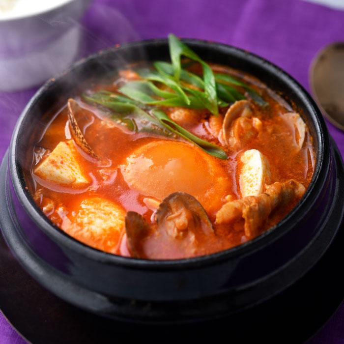 老舗焼肉店のスンドゥブチゲ用スープ スンドゥブチゲの素(約2人前×3) 送料無料 博多 大東園 韓国料理 スープの素