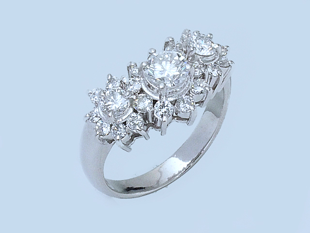 音羽屋■送料無料■ ダイヤモンド/1.04ct Pt900 デザインリング フラワーモチーフ 10号 仕上済【中古】