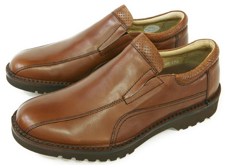 ハッシュパピー 靴 メンズHush Puppies/ハッシュパピー メンズ 大塚製靴M-5049 メンズ スリッポンシューズ紳士(メンズ)靴/大塚製靴,オーツカ,otsuka/ハッシュパピー(Hush Puppies)/コンフォートカジュアル/通気性,快適/ラバーソール,滑り止め/