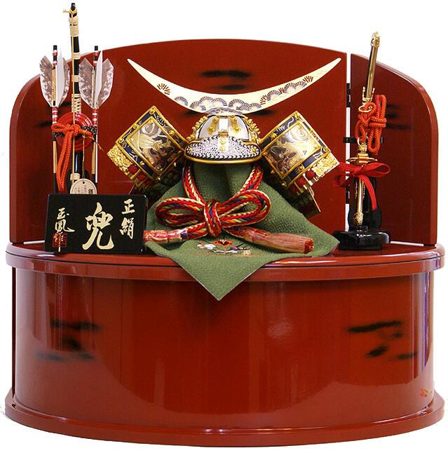 【五月人形 送料無料】玉凰作 正絹「伊達政宗」 彫金兜 収納飾り《5-28901》