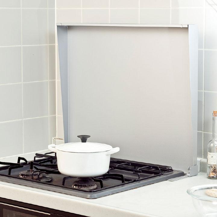 コンロカバーはキッチンスペースを有効に活用でき 見た目にもスッキリ システムキッチン用 コンロガード池永鉄工〔おうちまわり.com〕 即納 在庫有り 60cm用 スチール 激安通販販売 IK2-60S シルバー コンロカバー 最安値