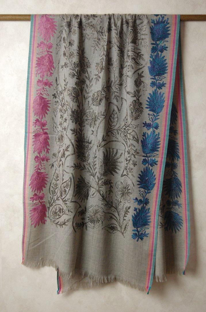 インド ステッチ刺繍ウールストール 植物 グレー マフラー、ショール、スカーフ 【送料無料!】【レディース】【アジアン】【プレゼント】【ポンチョ】【YDKG-f】【エスニック】+A+H