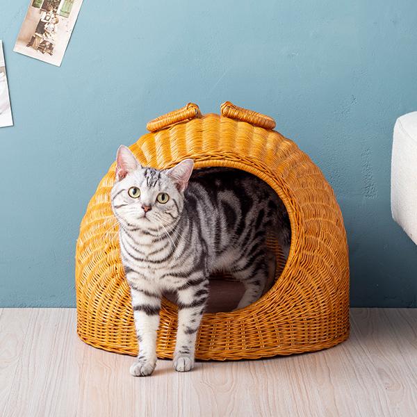 安売り 天然籐がおしゃれな通気性に優れた猫が喜ぶキャットハウスちぐら 猫 ベッド 新作 人気 ラタン ちぐら ドーム キャットハウス ウレタンクッション付き 猫ちぐら かまくら型 かわいい
