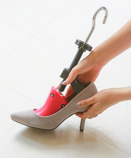2種類から選べる!ローヒール ハイヒール ピンク シューズストレッチャー サイズ調節 サイズ調整 靴伸ばし 靴擦れ 靴ズレ つま先 幅広 女性用 簡単 ヒール フラット 靴 ストレッチャー シューズケア レディース