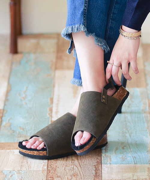 ◆Comfort sandals outlet shoes mousse suede in autumn latest comfort sandals Lady's fur boa 歩 きやすいぺたんこおしゃれ trip thick-soled big size with reservation product ◆ ふわもこ fur size flat 2017 having a small it