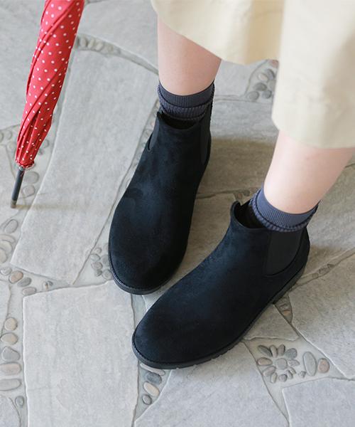 秋天冬天被新出产完全的防水旁边戈尔碎布鞋底中间鞋跟雷恩短长筒靴雨鞋女士短黑黑色简单漂亮的25cm轻量雨鞋雨事情梅雨高筒靴防水鞋2017