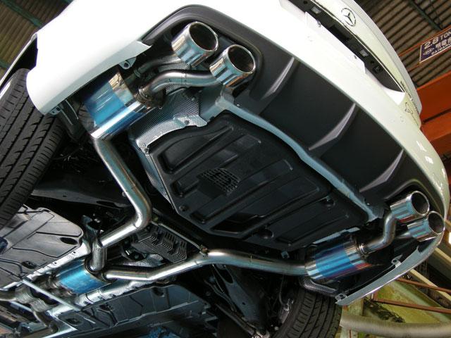 アーキュレー エキゾーストシステム ステンレス シリーズ メルセデスベンツ AMG C63 W204用 品番(8050AU70)【マフラー】【自動車パーツ】ARQRAY Exhaust System Stainless Series【通常ポイント10倍!】