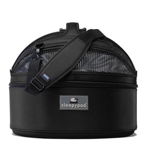 Sleepypod (スリーピーポッド) カラー:Jet Black(ジェットブラック)【ペット用品】お出かけ 車 ドライブ モバイルペットベッド 移動型ベッド キャリーバッグ カーボックス ドライブボックス 犬用 猫用 ペット用