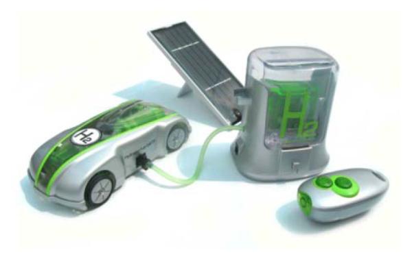 水と太陽の力で走る次世代スーパーカー『H-racer 2.0』(FCJJ-23)