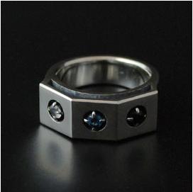 (オーダー品)(FUNKOUTS/cooldust) オリオンデザインリング(ムーンストーン/ブルートパーズ/ロンドンブルートパーズ) / orion's belt ring(蝶々/バタフライ/ちょう/アクセサリー)