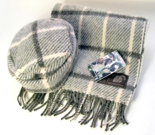 ジェイコブ・ウール女性用帽子とマフラーのセット JBH15/1+JWS15/1
