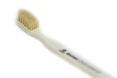 誕生日プレゼント ジービーケント GB ケント 王室ご用達 雑誌掲載 英国製 イギリス製 豚毛歯ブラシ ギフト CLM1 KENT ABS樹脂 CLASSIC 正規品送料無料 歯ブラシ MEDIUM 高級