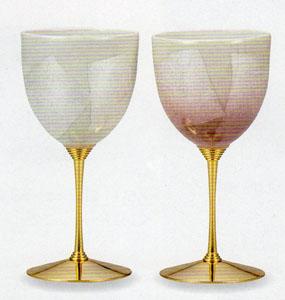 【九谷焼】銀彩白ピンク ペアワインカップ繊細な造りと伝統の絵付け化粧箱入