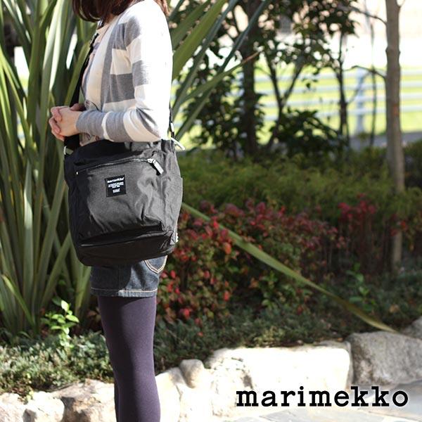 marimekko ( マリメッコ ) 『 Pal ( パル ) 』 ショルダーバッグ / ブラック .