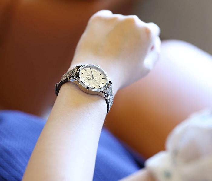 コーチ 腕時計 COACH 時計 コーチ 時計 COACH 腕時計 クラシック シグネチャー CLASSIC SIGNATURE レディース シルバー 14501525 14501525 人気 トレンド ブランド オシャレ ベージュ ブラウン 革 レザー ベルト キャンバス シック