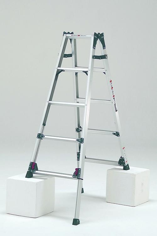 【毎月1日・15日・25日はP-starの日】(北海道・沖縄・離島送りのみ法人様限定) 最大段差が約31cmまで対応できるはしご兼用脚立 KS-150A 脚立 5段 アルミ 軽量 送料無料 折りたたみ 梯子 5尺