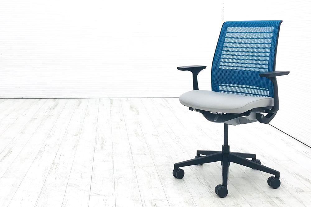 在宅ワークチェア シンクチェア シンク2 NEW Think 中古オフィスチェア 中古オフィス家具 事務椅子 高機能チェア スチールケース シンクチェア 2016年製 中古 クッション メッシュ Steelcase Think 固定肘 中古オフィス家具 465A300 ブルー