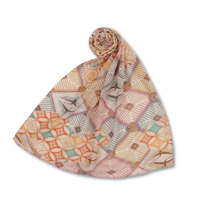 シルクスカーフ <向い鶴菱/薄紅> 【Pagong】 和柄 スカーフ ストール 京友禅 UV加工 シルク100%
