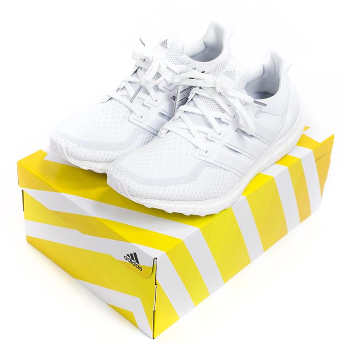 """adidas / 阿迪达斯超提升运行""""三白""""的希瑟 / 超刺激希瑟运行三白色白色/跑步白色 / 黑色 / 运行白国内鹰标签 AQ5929 2016 Nos 新老股票"""