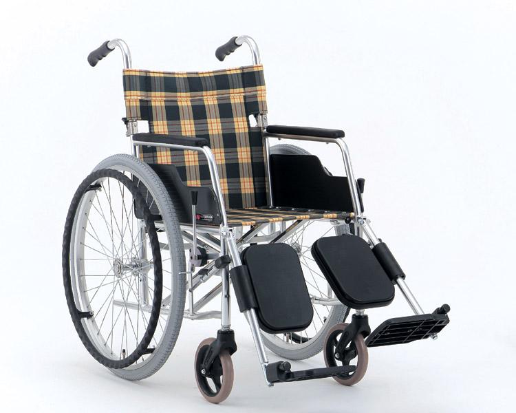 アルミ自走式車椅子 エレベーティングタイプ MW-7F (背折りたたみ) 松永製作所 【smtb-kd】【介護用品】